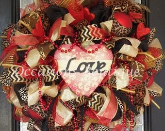 Valentine's Wreath, Valentine's Day Decoration, Heart Wreaths, Front door wreath, Wreath for door, Door Hanger