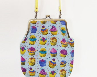 CupCake Purse - Cupcake Kiss Lock Bag - Woman Bag Cupcake Fashion -Cupcakes Handbag - Cup Cakes Food Fashion- Cupcake bag - Kawaii Bag