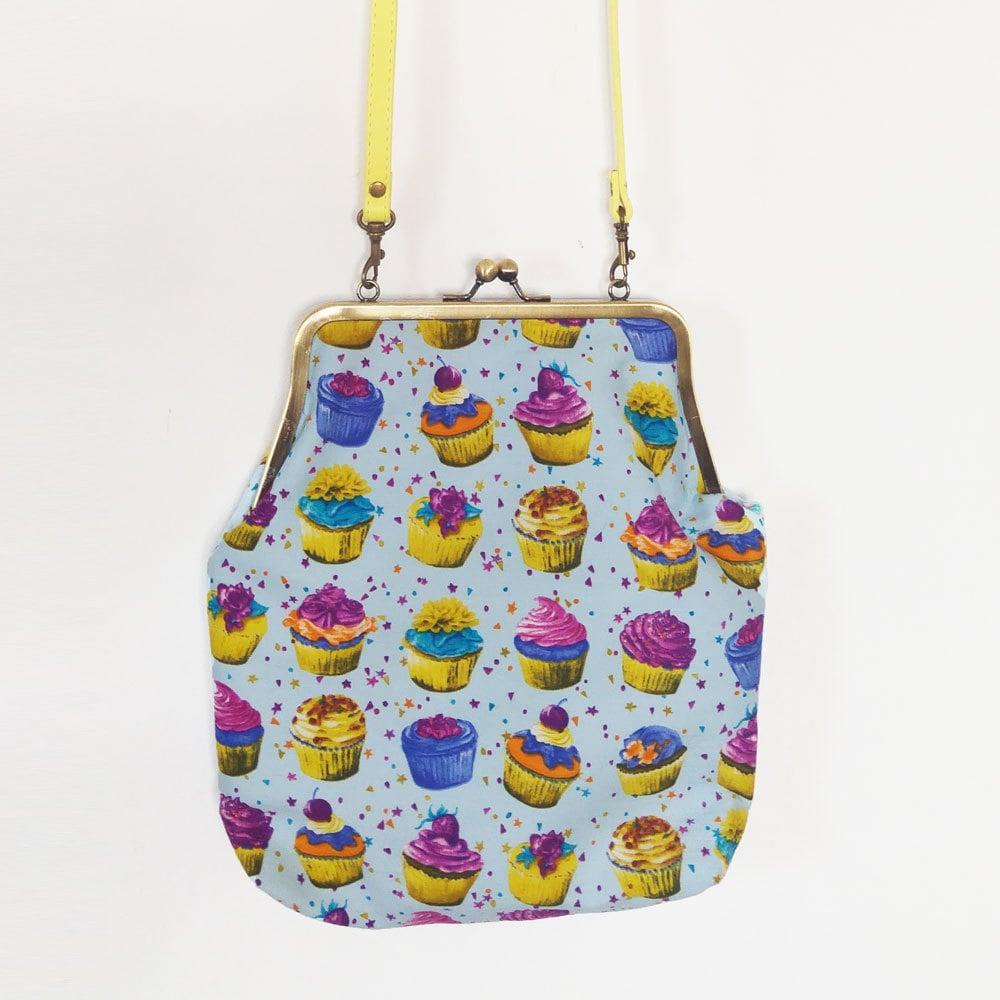 cupcake purse cupcake lock bag bag cupcake