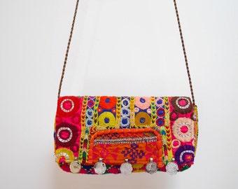 SALE Vintage Indian Banjara Convertible clutch