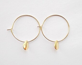 Small gold hoop earrings | Etsy