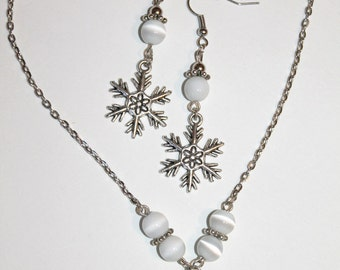 Set of Silvered aged necklace snowflake and earrings Snow queen