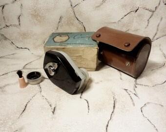 Vintage Mechanical Shaver SELIGER, Made in USSR, 1971, Working Mechanical Shaver, Never Used, Travel shaver, Original Box, Soviet Vintage