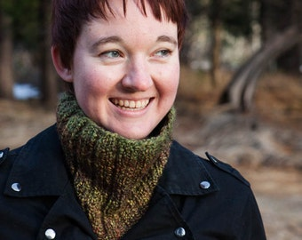 Green/Brown Knit Neckwarmer