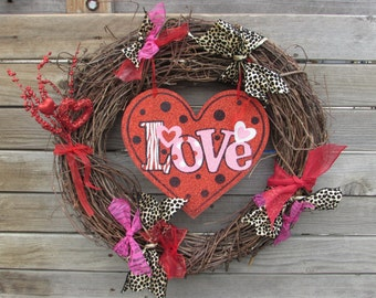 "18"" Valentine's Day Wreath Valentines Day Door Decor Love Heart Wreath Grapevine Valentine Day Wreath Red Pink Wreath Leopard Heart Wreath"