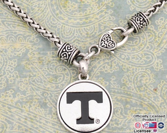 Tennessee Volunteers Medallion Clasp Necklace