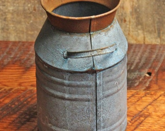 Milk Can - Milk Can Decor -Rusty Edge Milk Can - Primitive Country - Vintage Milk Can - Country Decor - Farmhouse Decor - Rustic Decor -