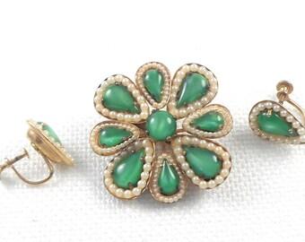 Vintage 1940's Art Glass Pearls Flower Brooch and Earrings Set Retro Art Glass Demi Parure 40's Green Glass Flower and Earrings Set