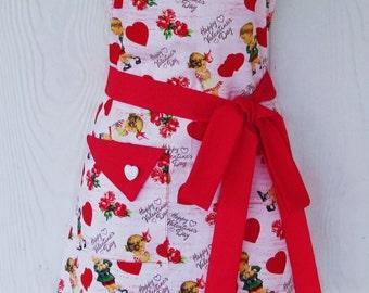 Valentine's Apron, Vintage Style, Nostalgic Valentines, Roses, Red Hearts, Retro Apron, KitschNStyle