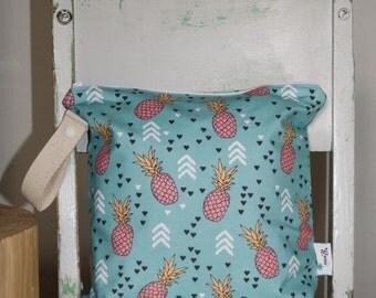 Wet Bag - Cloth Diaper Bag - Wetbag - Swimsuit Bag - Kids Beach Bag - Waterproof bag - Nappy Bag -  Pineapples Wet Bag - Pink, Aqua, Black