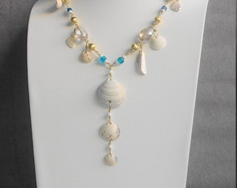 Shellfish pendant necklace