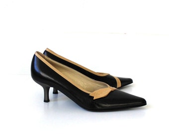 Vintage Black Beige Leather Shoes Kitten Heels Pointy Toe Slip Shoes Made in Italy 37.5/7