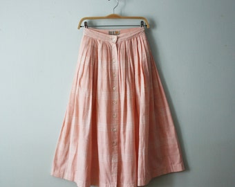Vintage / 90s era / Light pink madras skirt / Pink plaid midi skirt / Petal pink button front skirt / Liz Claiborne skirt / Size 4