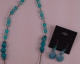 Necklace and earrings turquoise shells and Golden Ball