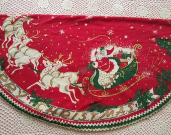 Round Christmas Tablecloth Santa Claus and Reindeer Merry Christmas 1940's 1950's Brushed Cotton