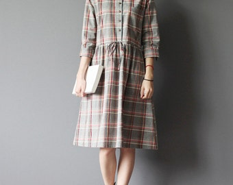 Grey plaid cotton dress-crossed half sleeve dress-loose dress-Knee-length dress-Peter Pan collars dress-student dress
