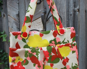 Vintage Fabric Floral Hand Bag Purse