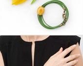 Green leather bracelet with a ceramic bead Wrap bracelet Yellow ceramic bead Leather jewelry Spring floral bracelet Leather jewelry Tulip
