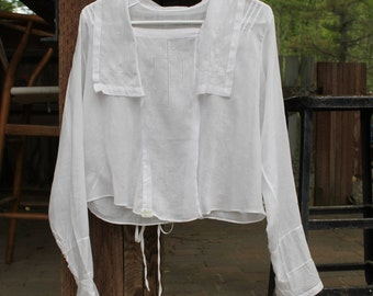 VINTAGE Haddad 1900s handstitched white button up blouse