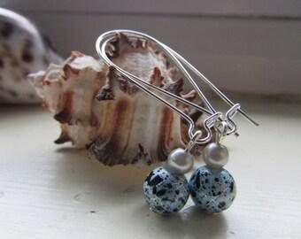Blue and black earrings , Beaded earrings , Kidney hook earrings , Silver plated earrings , Dangle earrings