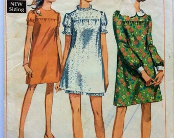 1960s vintage sewing pattern Simplicity 7603 petite Bust 33 retro 60s shift mini dress and shorts, waist 24.5, boho Mad Men hippie style