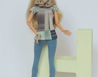 Shirt with print and matching 3/4 leggings in blue jeans for Barbie, Poppyparker, Fashionroyalty, Silkstonebarbie