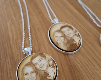 Personalized Necklace - Photo Gift Mom - Custom Family Portrait - Custom Portrait - Photo Necklace - Anniversary Gift - Memorial Necklace