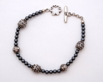 Bracelet of Hematite and silver