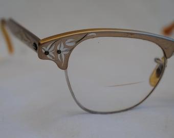 Vintage Cat Eye Horn-Rimmed Eyeglasses 1950s 1960s Retro