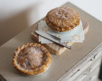 Dolls House Miniature Apple Pie Duo