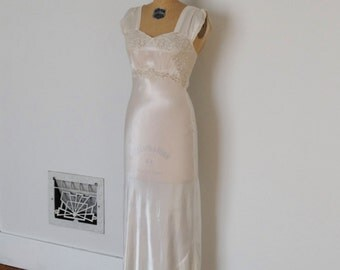 Vintage 1930s Nightgown - 30s Lace Slip - The Imogen