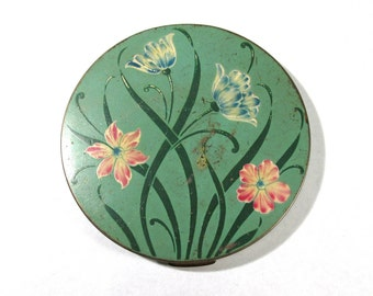 VINTAGE Green Enamel Compact Powder Case Makeup Flowers One (1) Enamel Hand Painted Flowers Compact Case Vintage Fashion Supplies (A10)