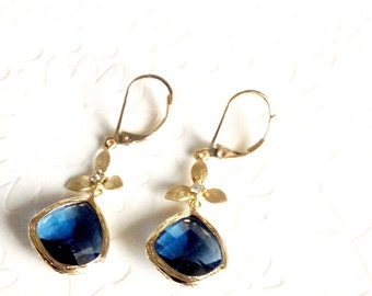Sapphire earrings, Sapphire dangle earrings, leverback earrings, Gold and sapphire earrings, Chandelier earrings, bridesmaid gift, mom gift