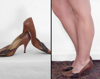 SNAKESKIN Pump Heels 1960s Mr. Charles Size 5 B Brown Black Scalloped