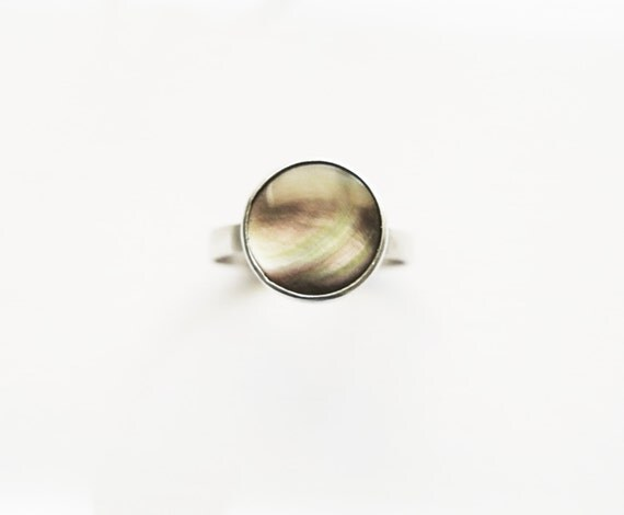 Tahitian Black Mother of Pearl Ring -- 9mm -- in Sterling Silver by anilani