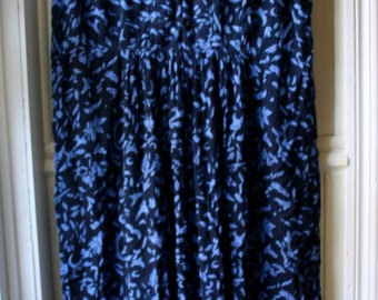 Women's Vintage Maxi Dress / Shades of black and blue printed tank dress / Gauzy rayon dress / Full Length Size Small