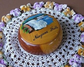 Vintage Niagara Falls Souvenir, Wood Trinket Box, Hand Painted Souvenir Box