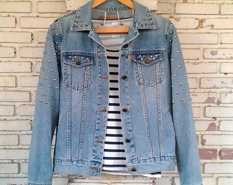 Studded Denim / Reworked Studded Vintage Jean Jacket / Studded Jean Jacket / Studded Denim Jacket Women Size: M