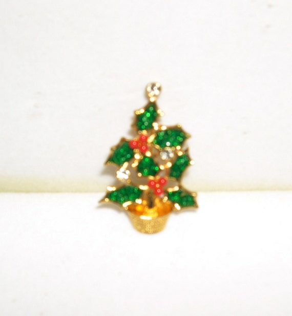 Avon christmas tree pin brooch holiday by