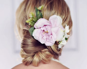 Pixie Lilac Flower Hair Comb