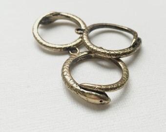 Vintage Brass Snake Toggled Clasp Bracelet Accent - PA1104
