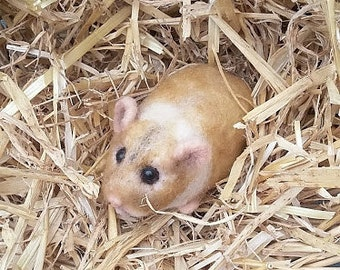 Lifesized Hamster needle felt/pet portrait/critter/rodent