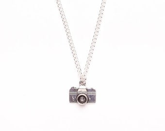 Camera Charm Necklace | Photography Necklace | Photographer's gift idea | Camera