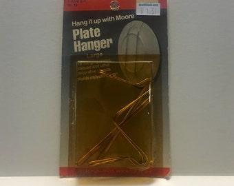 Moore No.19 Plate Hanger