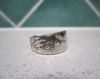 Vintage Spoon Ring - Size 10 / T.5