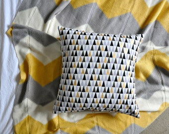 Geometric Triangles Cushion Cover, Throw Pillow Cover, Throw Cushion Cover, Decorative Cushion Cover, Decorative Pillow Cover
