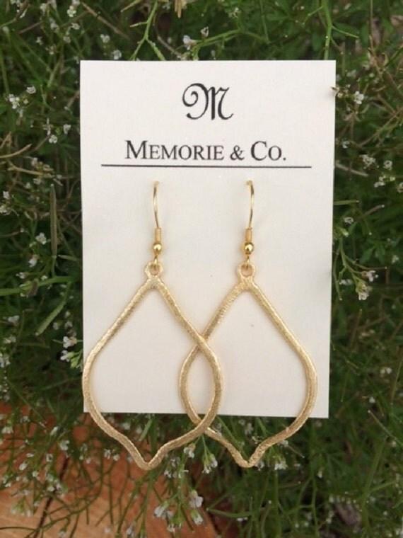 Gold Pear Shaped Dangle Earring