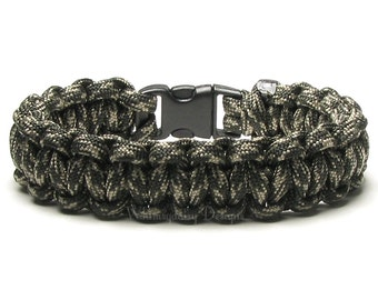 Paracord Bracelet Olive Drab Camo Survival Accessory Camouflage Army Combat Uniform Military Hero Hunter Outdoors Trending Fashion For Teen