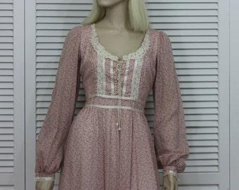 Vintage Gunne Sax Dress Pink Floral 1970s