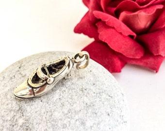 Flamenco shoe charm pendant, Flamenco dancer's shoe, Flamenco jewelry, Shoe charm, silver shoe, Boho, Gift for Flamenco dancer, Flamenco art